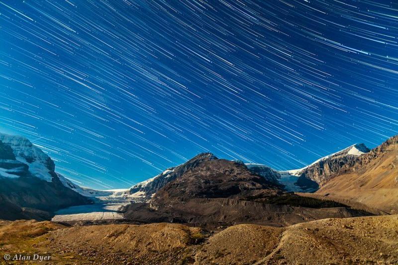 رد ستارگان بر فراز سرزمین یخی کلمبیا