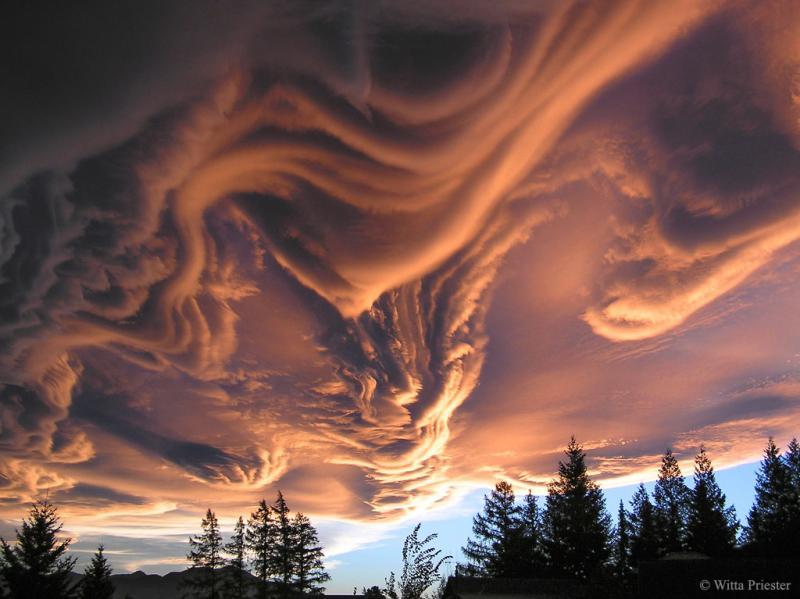 ابر های شوریده بر فراز نیوزیلند