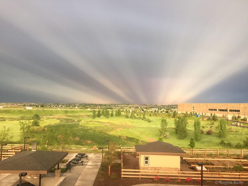 پرتو ضد فلق در آسمان کلرادو