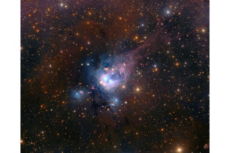 ستاره های جوان در NGC 7129
