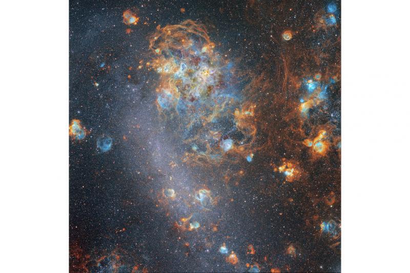 ابرهای میان ستاره ای در ابرماژلانی بزرگ