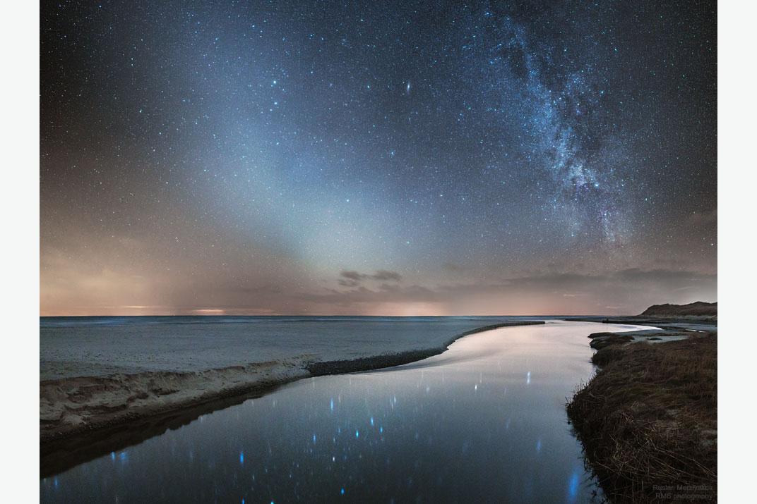 کهکشان راه شیری و نور دایره البروج