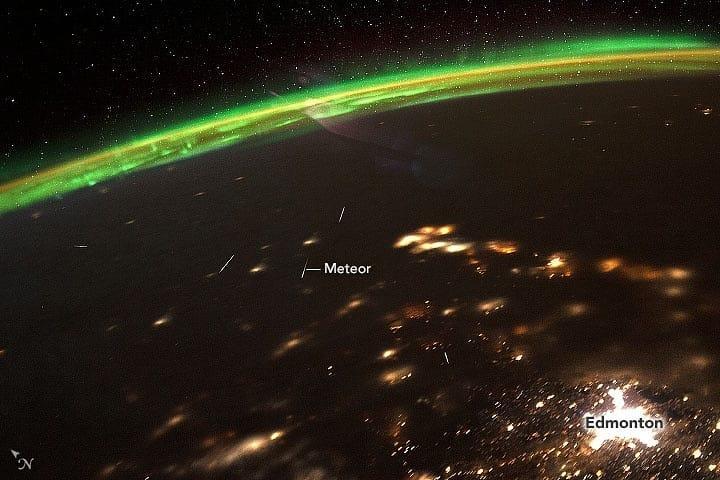 شهابها و شفق از دید فضانوردان