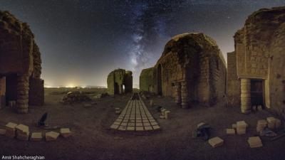 کاخ سروستان و درخشش کهکشان راه شیری