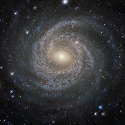 کهکشان مارپیچی دانه برف