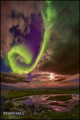 شفق قطبی برفراز ایسلند