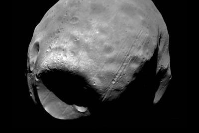 """چگونه فوبوس قمر مریخ، """" ستاره ی مرگ"""" شد!"""