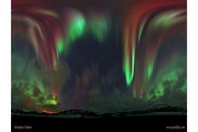 شفق قطبی برفراز نروژ