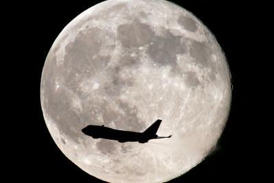 تنها «ابر ماه» سال را از دست ندهید!