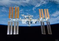 ایستگاه بین المللی فضایی بر فراز زمین