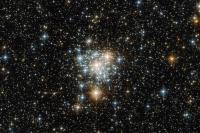 تصویر هابل از توکان و خوشه ستاره ای