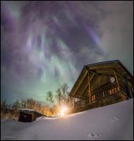 کلبهای زیر نور شفقهای قطبی